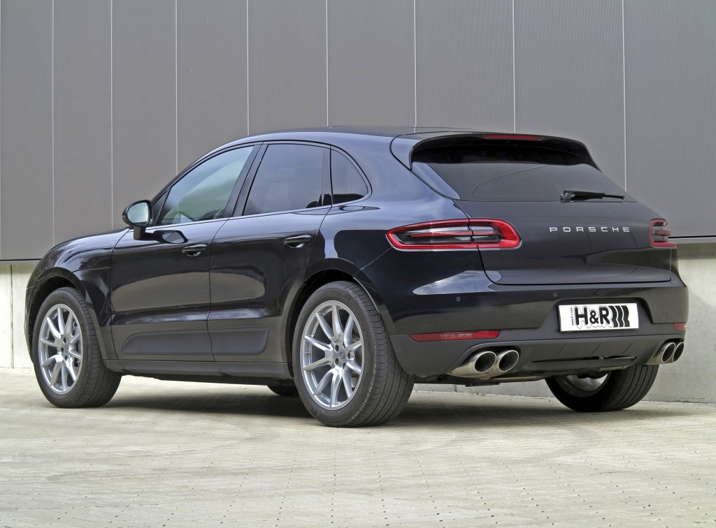 porsche macan tuning h r sch rft die z hne des tigers. Black Bedroom Furniture Sets. Home Design Ideas