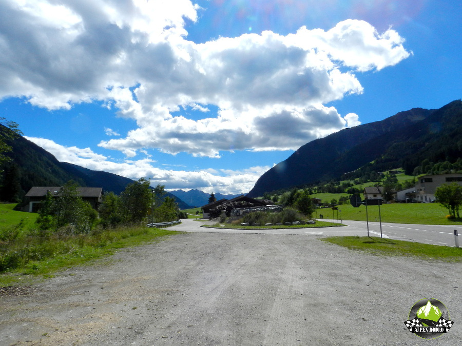 36-alpen-rodeo-2015-youngtimer-oldtimer-adventure-roadtrip-suedtiroler-bergwelt