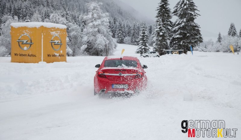 opel-opc-4x4-wintertraining-36