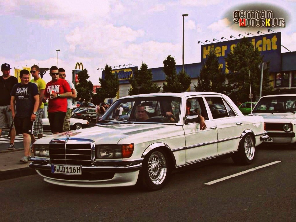Mercedes-Benz W116 450 SEL