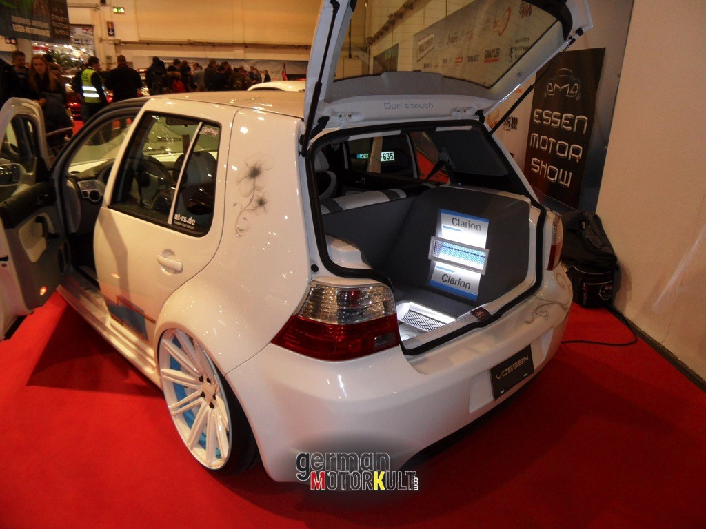 VW Golf Edelweiss AT-RS Ricarda Bongartz - 2