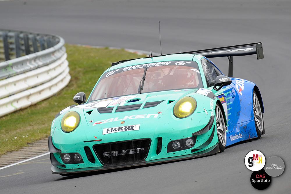 Den Markenmix an der Spitze rundet der Falken-Porsche 911 GT3 R, auf Position vier, ab. Foto: D.Schäfer