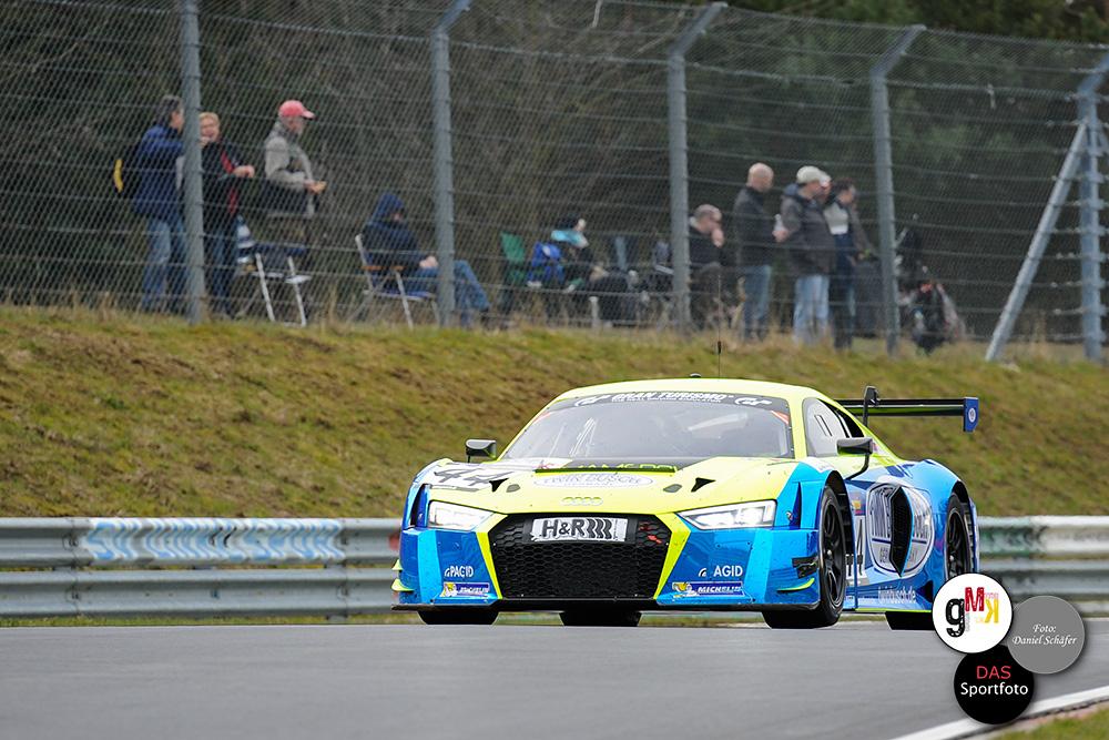 Audi R8 LMS von Twin Busch Motorsport auf den Position fünf. Foto: D.Schäfer