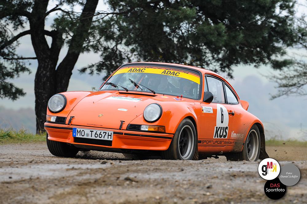 Thomas Kleinwächter und Co-Pilot Dirk Fischer im Porsche 911. Foto: Daniel Schäfer
