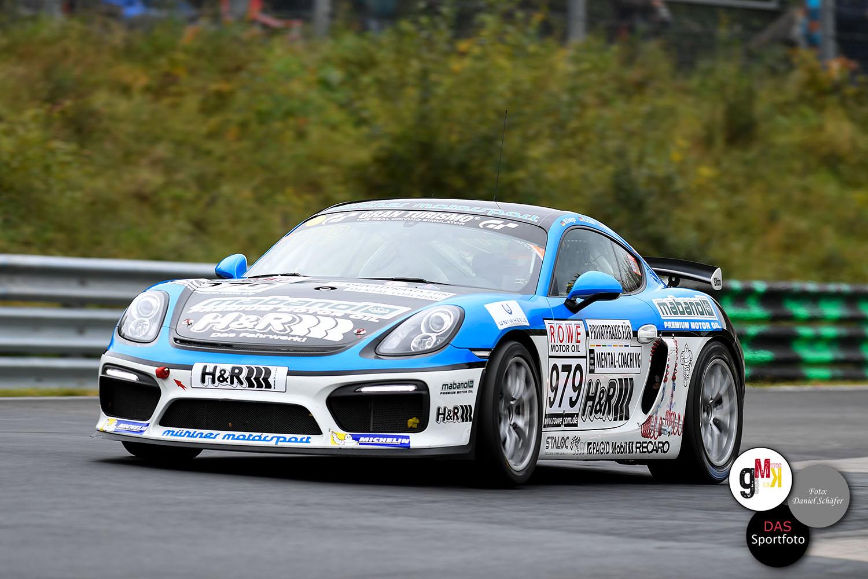 Hamaz Owega / Alex Schula / Moritz Kranz im Porsche Cayman GT4 Clubsport