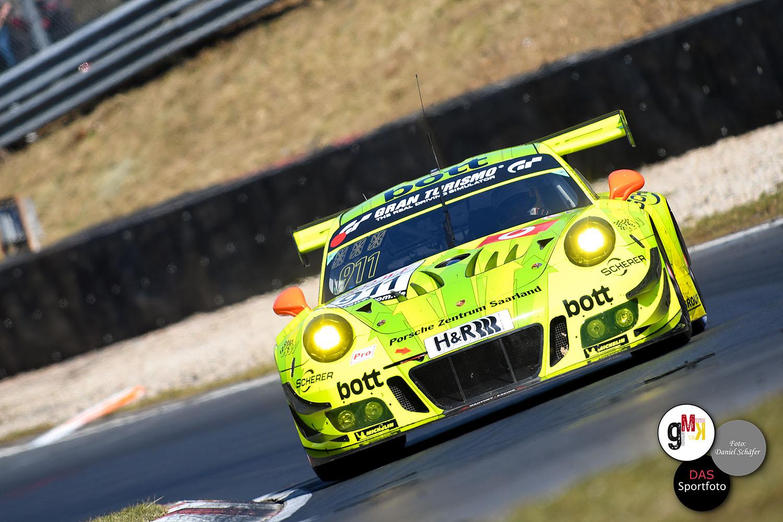 Estre, Bamber und Vanthoor im Porsche 911 GT3 R von Manthey-Racing