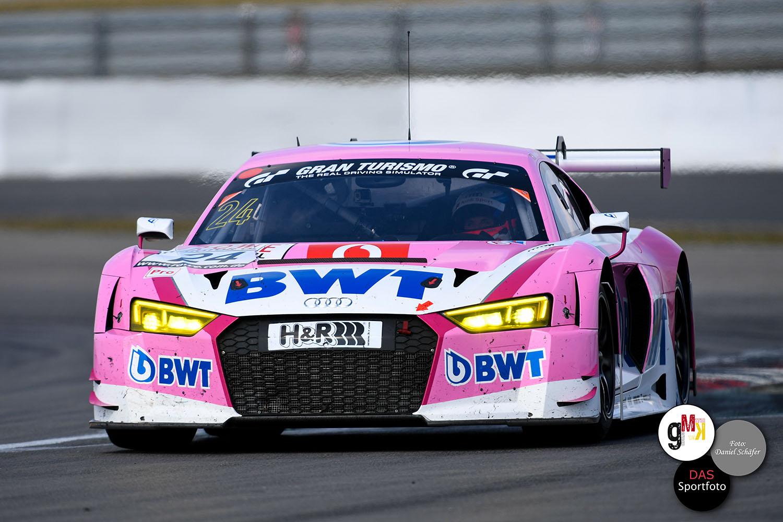 Winkelhock / Müller im Audi R8 LMS von Audi Sport Team