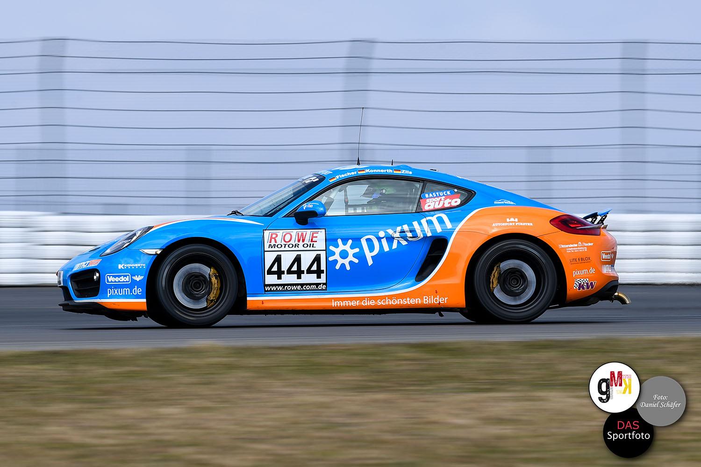 Fischer / Konnerth / Zils im Porsche Cayman des Pixum Team Adrenalin Motorsport