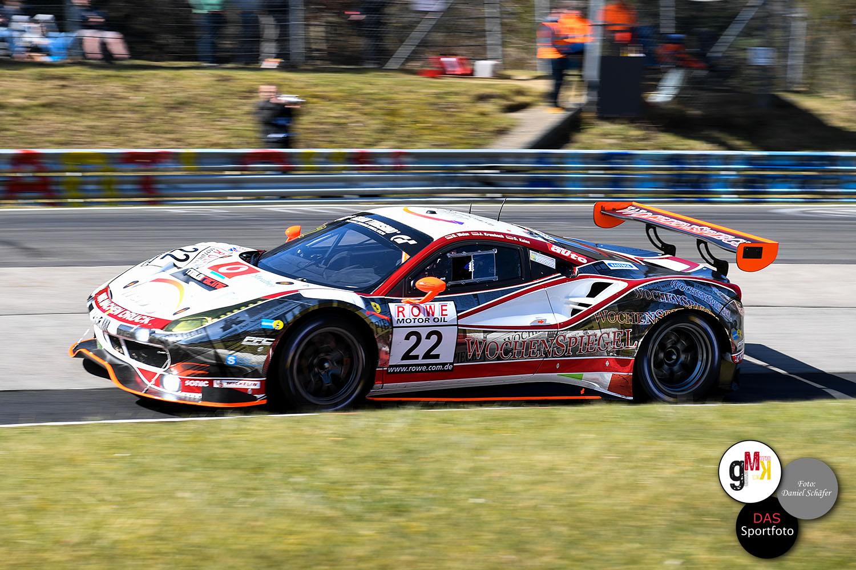 Georg Weiss / Oliver Kainz / Jochen Krumbach im Ferrari 488 GT3 von Wochenspiegel Team Monschau (#22). Foto: Daniel Schäfer