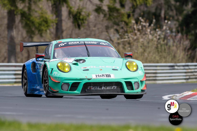 Drei Porsche auf dem Podium